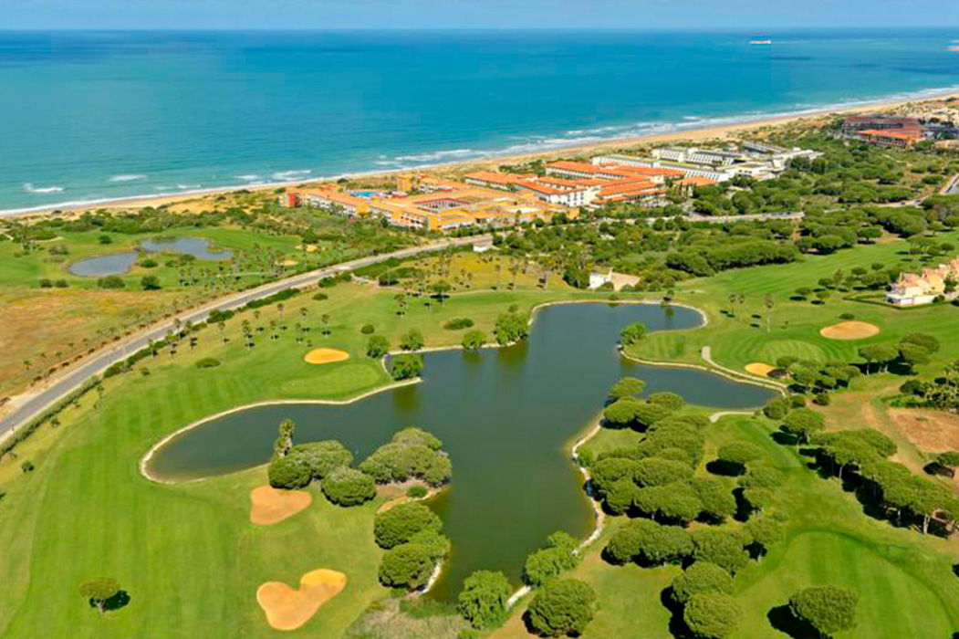 Club Golf Novo Sancti Petri Mar y Pinos
